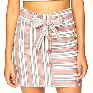 Brand New High waisted skirt